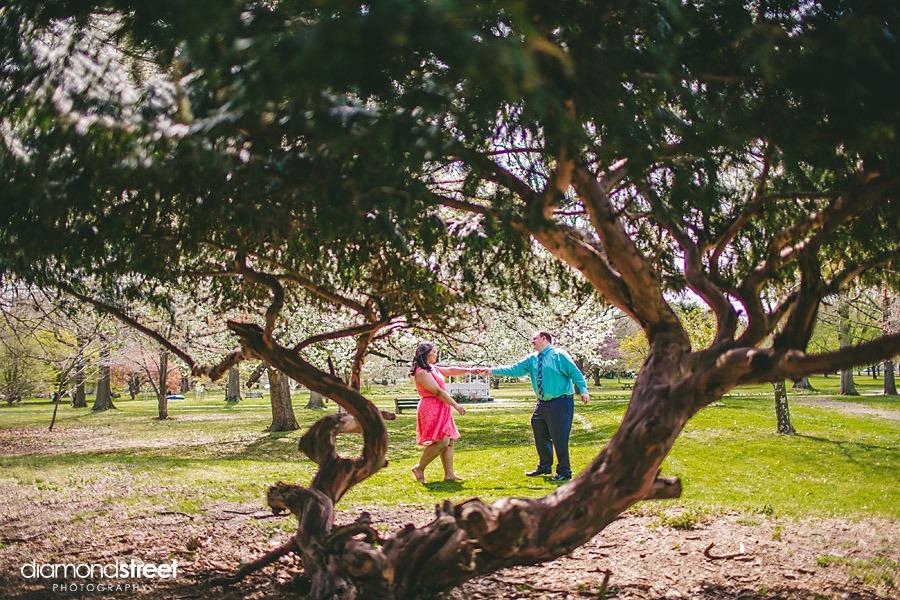 Fairmont Park engagement  pictures