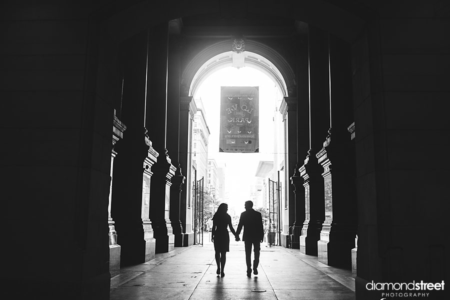 Philadelphia City Hall Engagement photographers