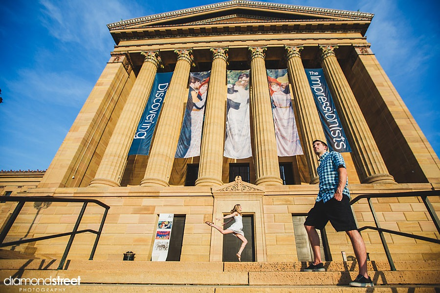 Philadelphia Art Museum engagement pictures