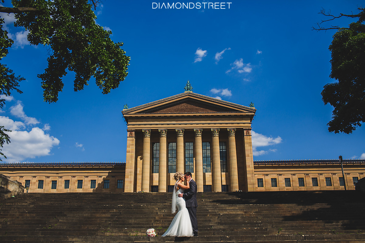 Philadelphia Art Museum wedding photo