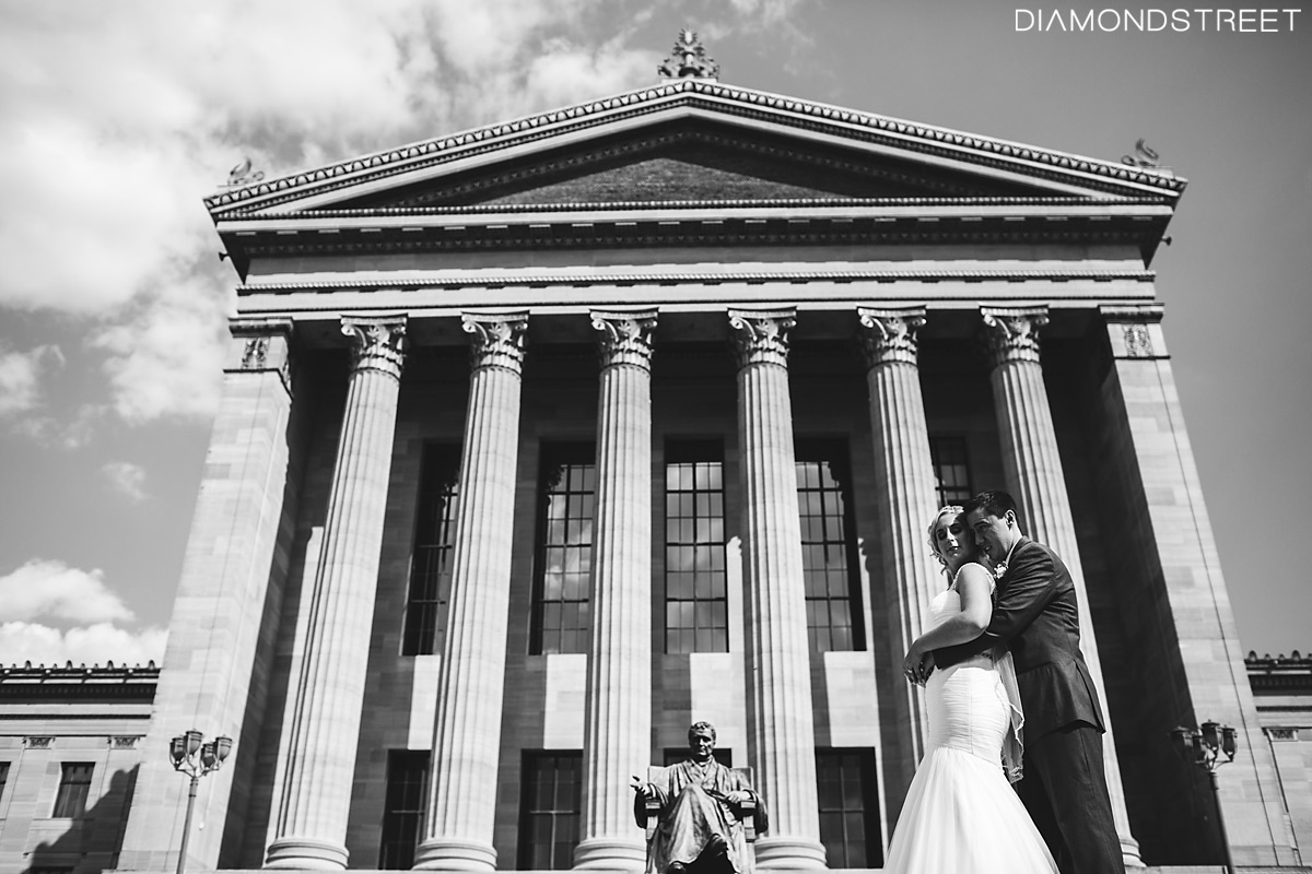 Philadelphia Art Museum wedding picture